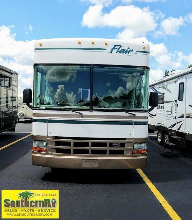 1999 Fleetwood RV Flair 25Y Class A RV