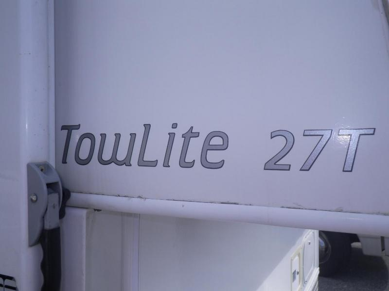 2009 Hi Lo Tow Lite 2709T Travel Trailer