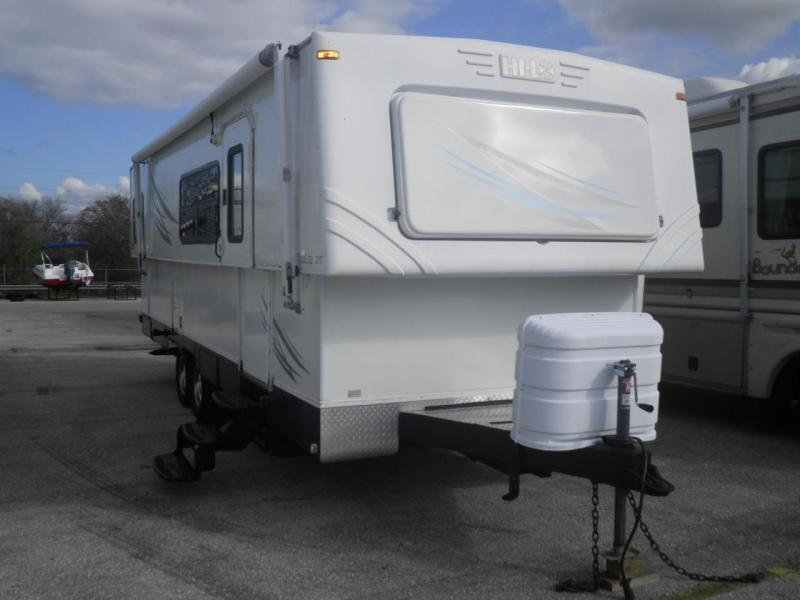 2009 Hi Lo Tow Lite 2709T Travel Trailer