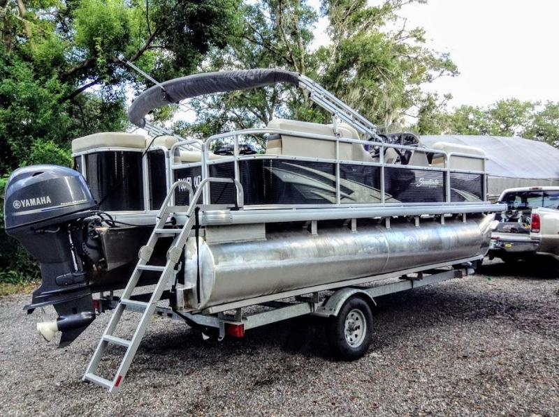 2017 Godfrey Pontoon Boats Sunrise 206CL Pontoon Boat