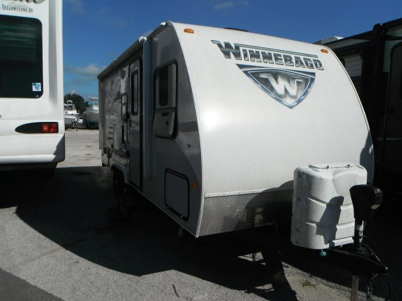 2017 Winnebago Micro Minnie 2106DS Travel Trailer