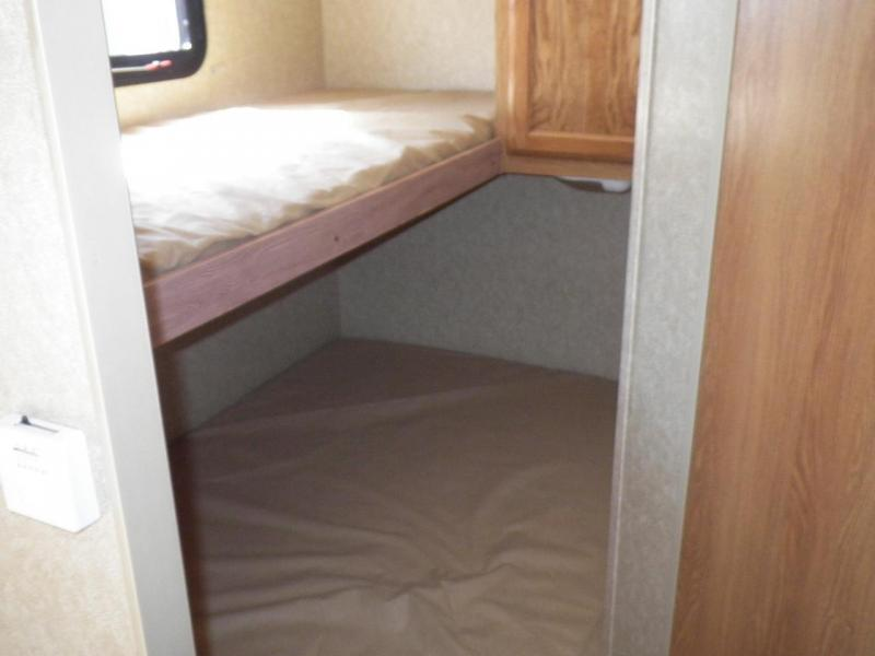 2012 Coleman by Dutchmen 198DB Travel Trailer BUNK HOUSE