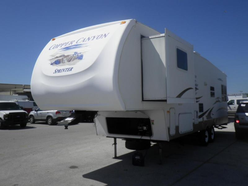2007 !!PENDING SALE!! Keystone RV Copper Canyon Sprinter 302FWRL 5TH WHEEL