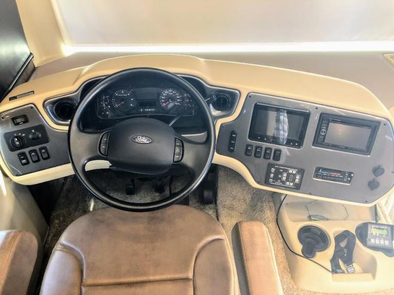 2015 Tiffin Motorhomes Allegro 36LA Class A RV