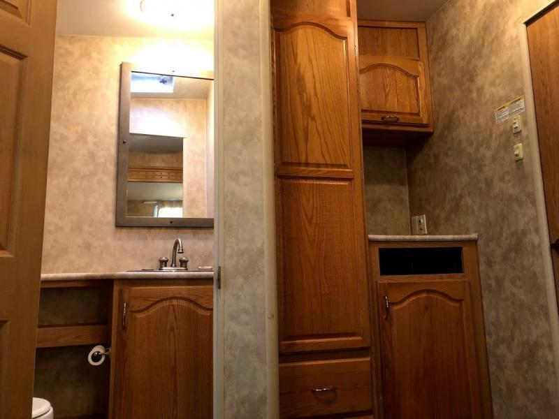 2007 Fleetwood Regal 365BH BUNKHOUSE Fifth Wheel