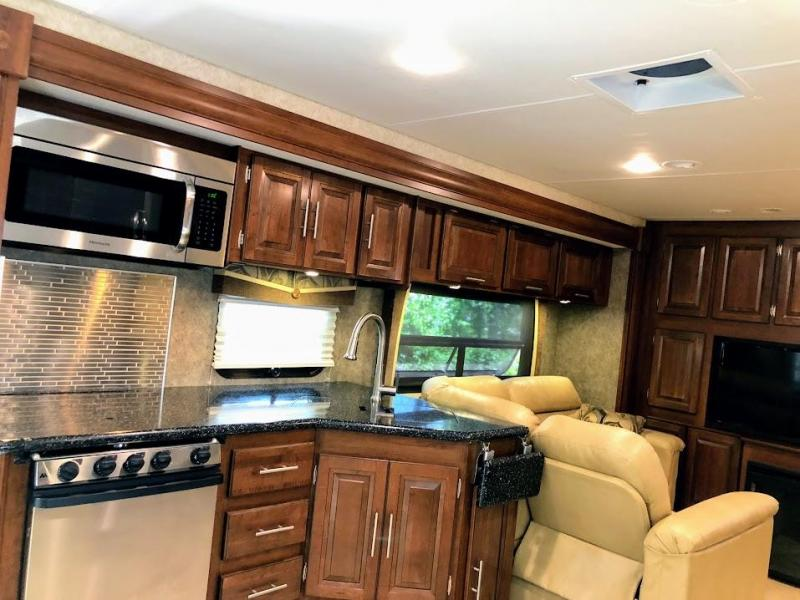 2014 !!PENDING SALE!! Forest River Inc. Georgetown 377TS XL Ford Class A RV