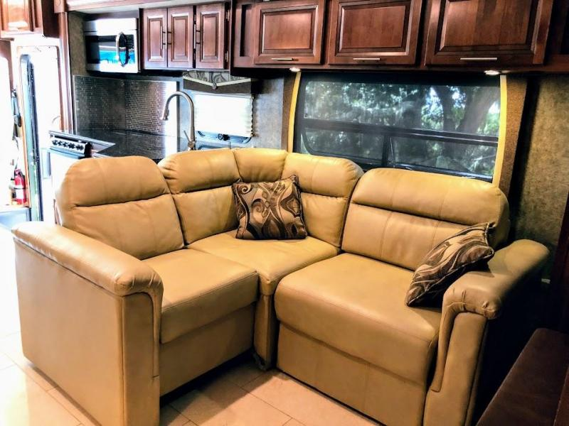 2014 Forest River Inc. Georgetown 377TS XL Ford Class A RV