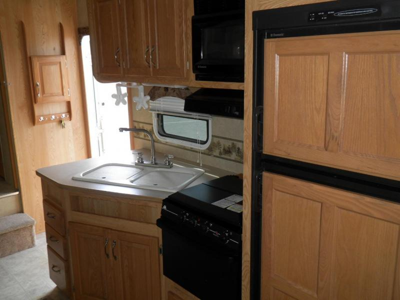 2006 !!SALE PENDING!! CrossRoads RV Cruiser CF30QB Fifth Wheel
