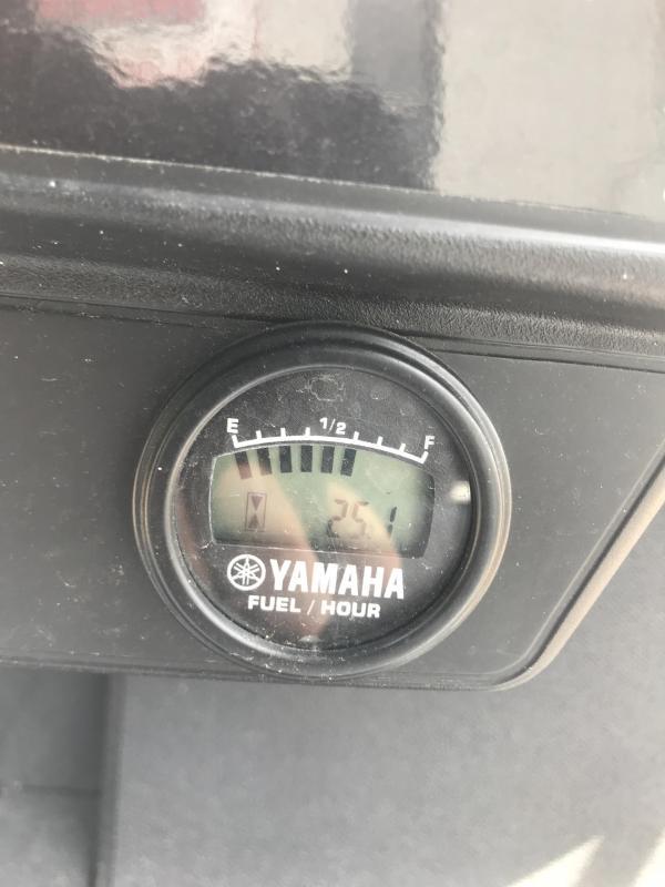 2018 Yamaha Drive2 Fuel Injected Gas Golf Cart 4 Pass - White
