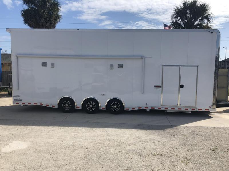 2019 Bravo Trailers Stacker Race Trailer Stacker