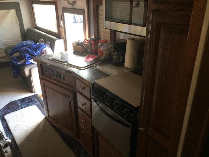 2005 Renegade 45' Tandem Axle Motorcoach