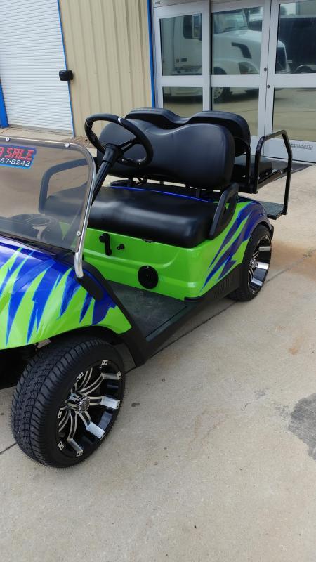 2015 Yamaha Drive Gas Golf Cart 4-Passenger Green and Blue