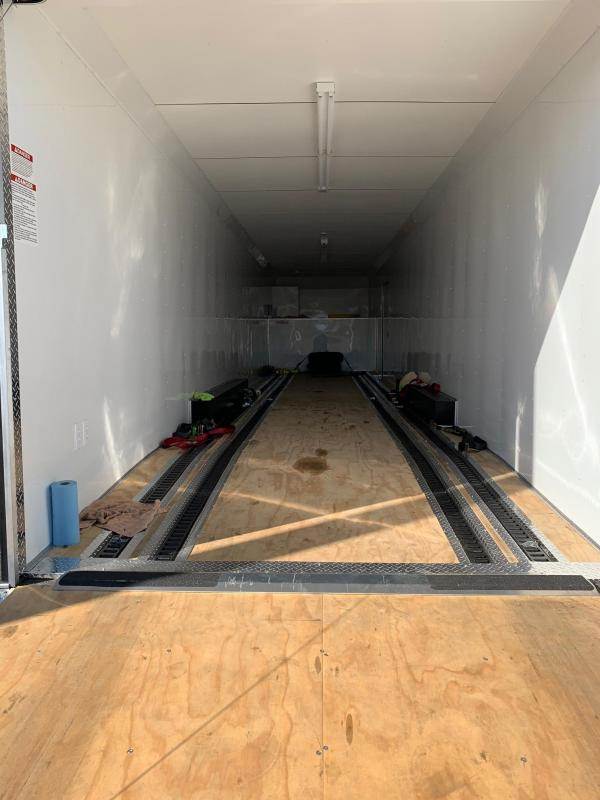 2017 46' United Super Hauler Gooseneck Trailer