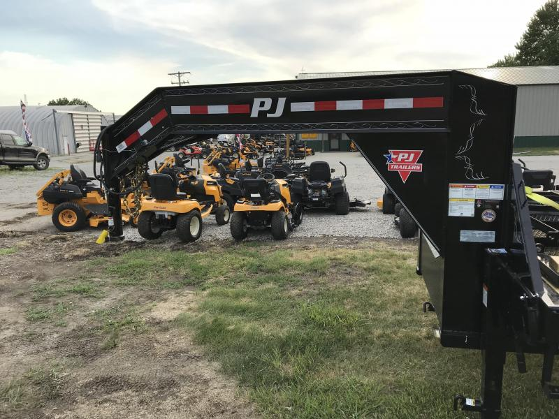 2019 PJ Trailers 32' Classic Flatdeck w/ Monster Ramps