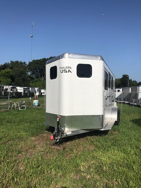 2017 Trailers USA Inc. Minuteman 3H BP Horse Trailer