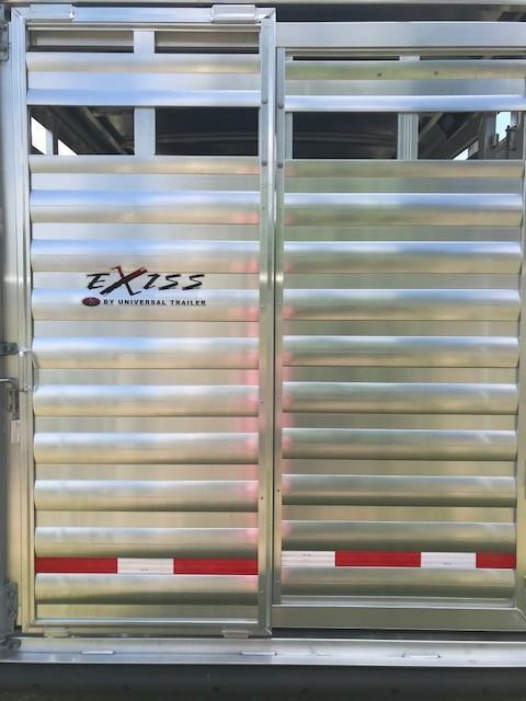 2018 Exiss Trailers STC 7020 GN Horse Trailer