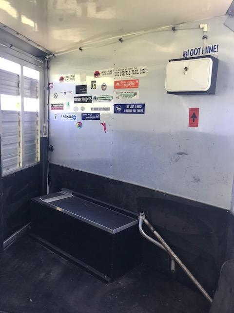 1994 Hart Trailers 3H GN Horse Trailer