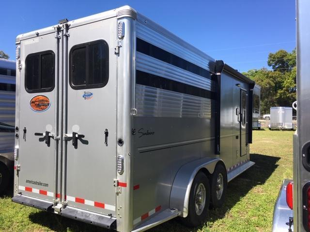2020 Sundowner Trailers Santa Fa Super Sport 6905 LQ Horse Trailer