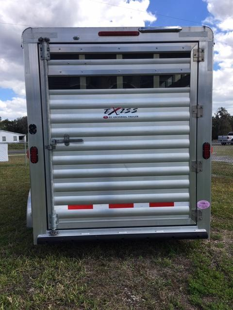 2016 Exiss Express 3H BP Horse Trailer