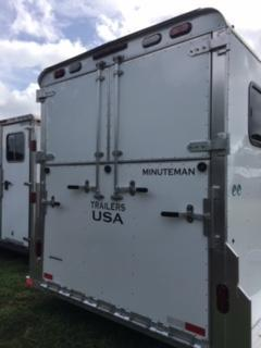2019 Trailers USA Inc. 4H Head to Head Horse Trailer
