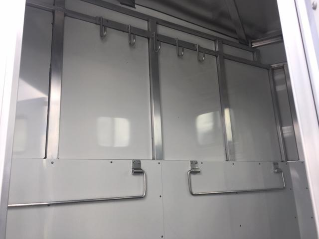 2019 Trailers USA Inc. Scout 2H STC BP Horse Trailer