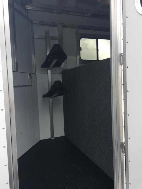 2018 Trailers USA  Minuteman 2H GN Horse Trailer