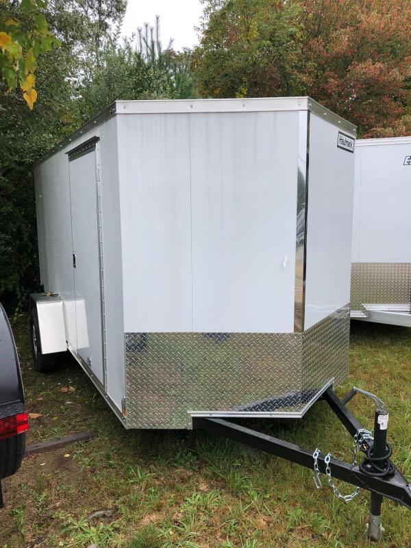 2018 Haulmark HMVG612S (5000 Trim Level) Enclosed Cargo Trailer w/ RAMP - WHITE