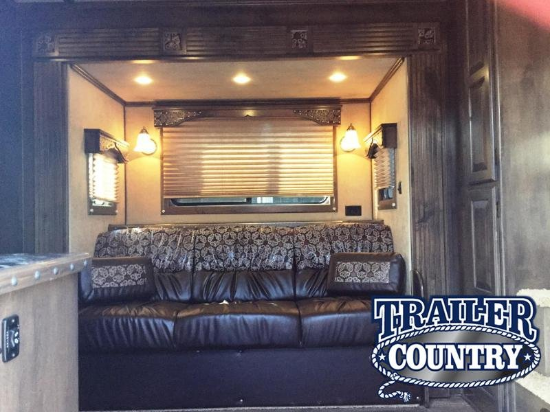 2017 CIMARRON 3 HORSE GN WITH TRAIL BOSS LIVING QUARTERS ***JUST REDUCED***