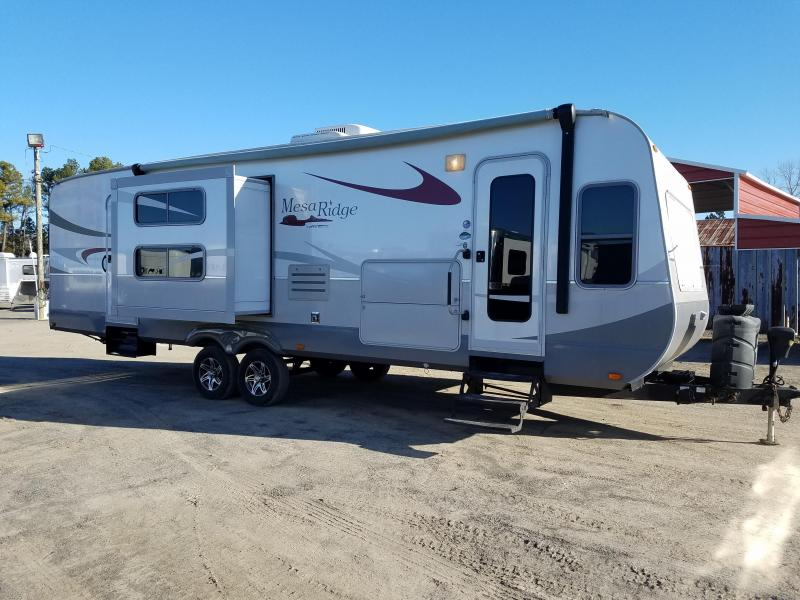 MANAGER'S SPECIAL 4-Travel Trailers