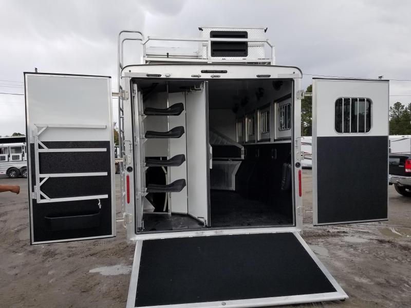 2019 Bison Trailers 4 HORSE PREMIERE Horse Trailer