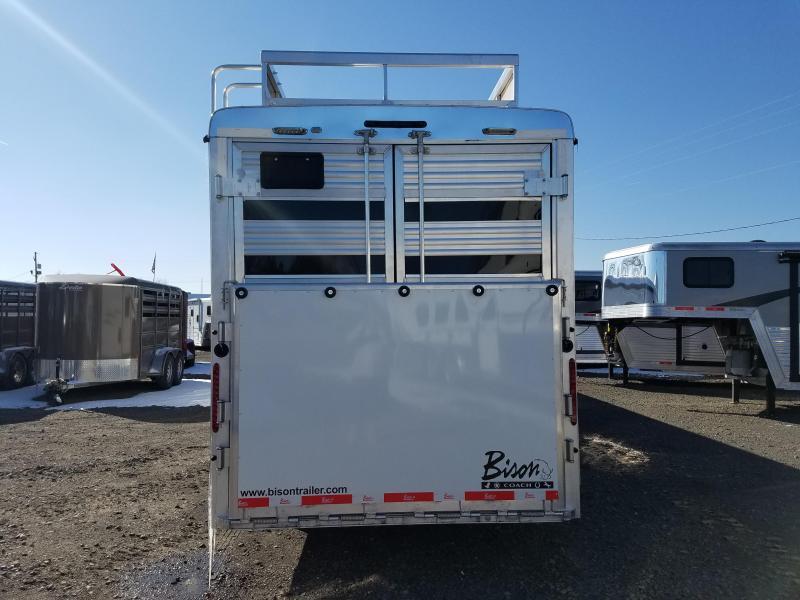 2018 Bison Trailers BISON 7011TBSTLT Livestock Trailer