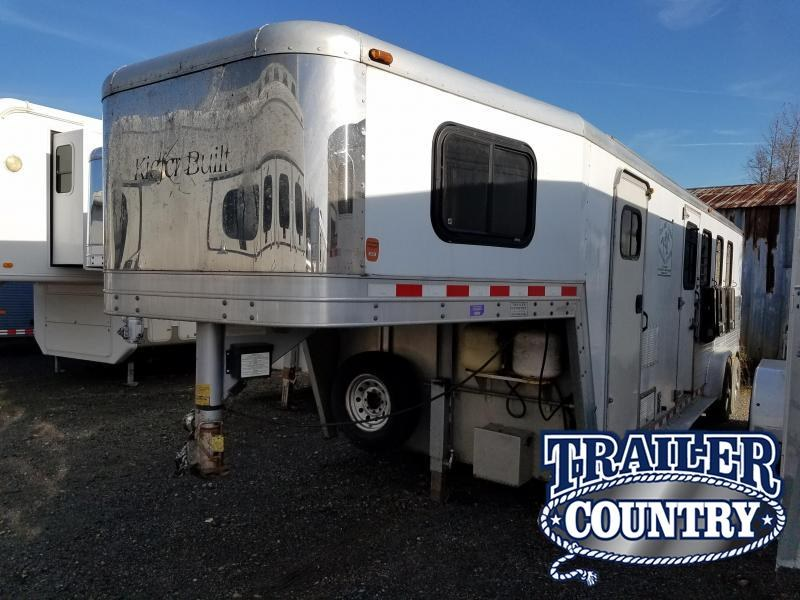 2001 Kiefer Built 4 HORSE LIVING QTRS Horse Trailer