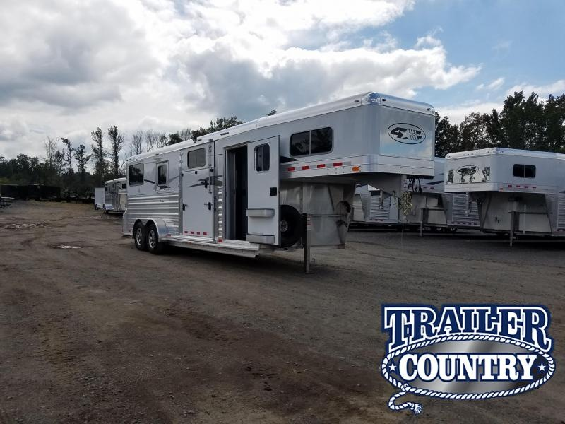2019 4-Star Trailers 2 HORSE Trailer