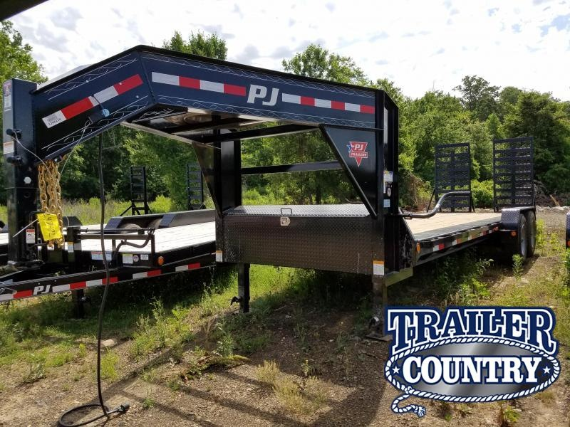 2018 PJ Trailers 82X24 Equipment Trailer in Ida, AR