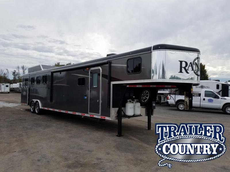 2019 Bison Trailers 8413 RANGER Horse Trailer