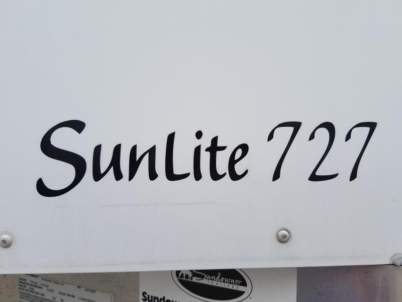 2008 Sundowner Trailers SUNLITE 727 Horse Trailer