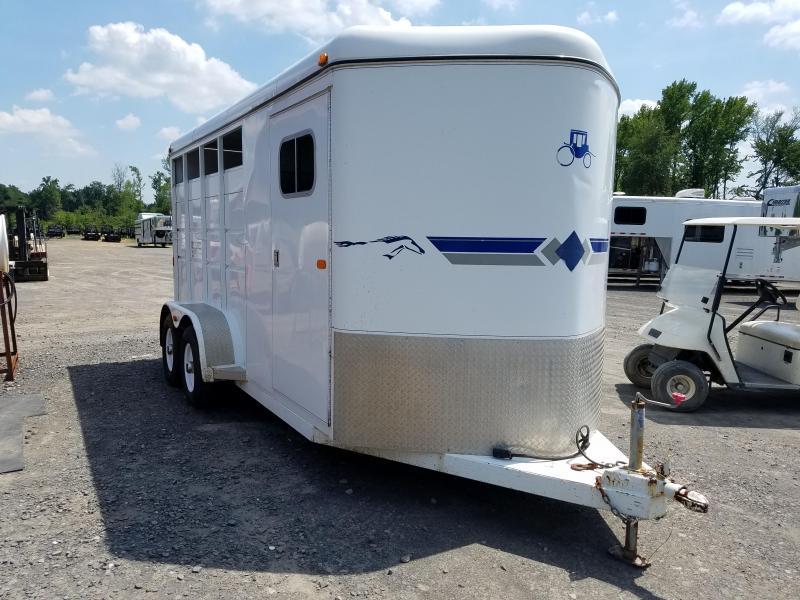 2002 Logan Coach WRANGLER XL 3H BP Horse Trailer