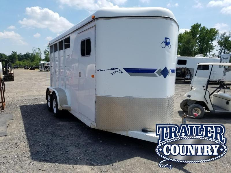 2002 Logan Coach WRANGLER XL 3H BP Horse Trailer