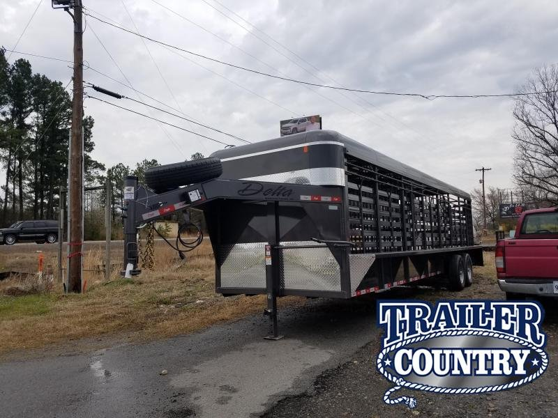 2019 Delta Manufacturing 28FT STOCK Livestock Trailer