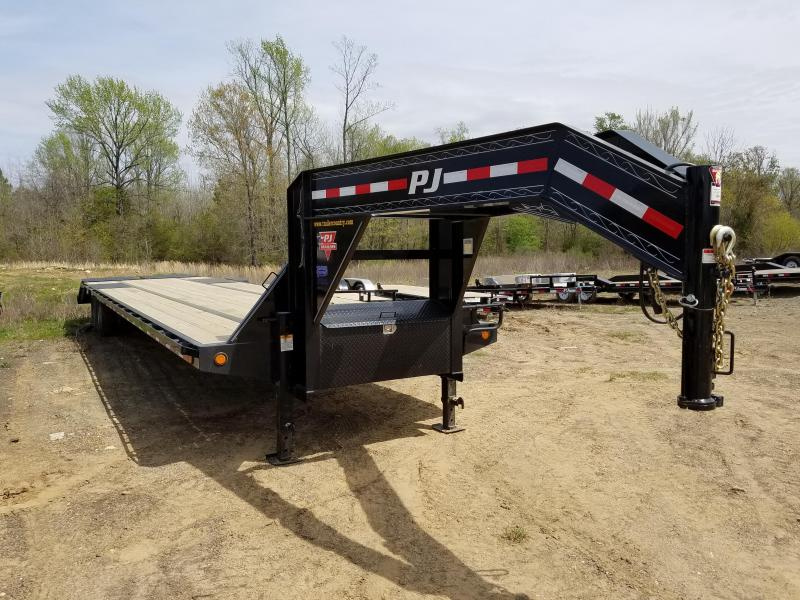 2018 PJ Trailers 102X40 GN Flatbed Trailer