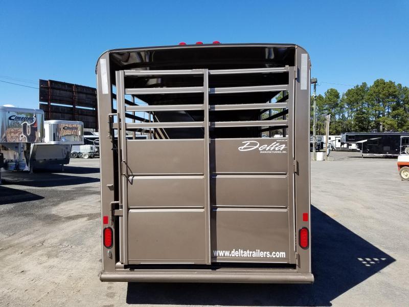 2018 Delta Manufacturing 3 horse BP 500 ES Horse Trailer