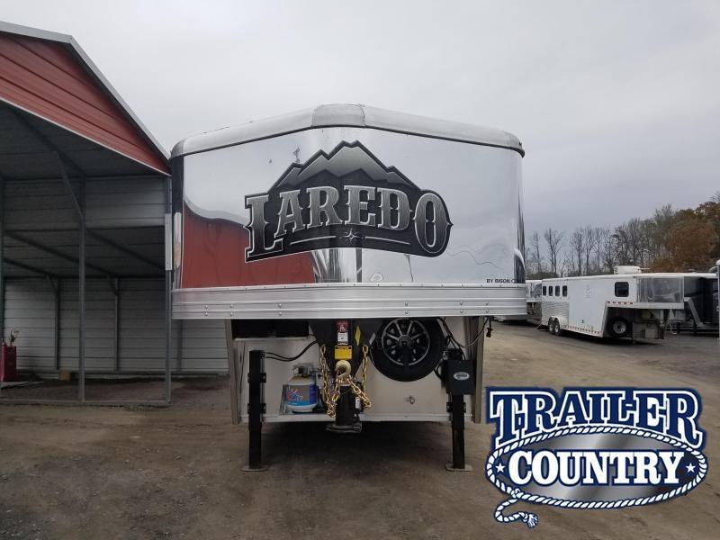 2019 Bison Trailers 8317 LAREDO Horse Trailer