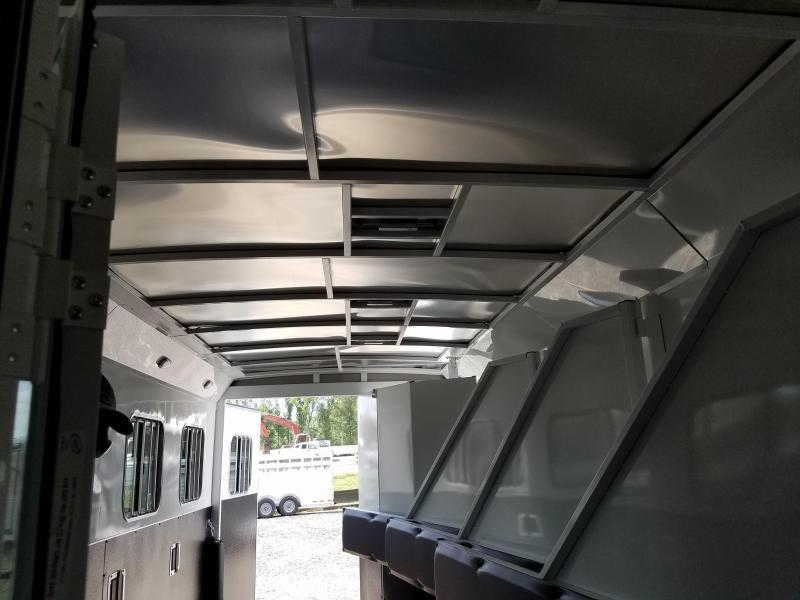 2019 Bison Trailers 7411 TRAL HAND Horse Trailer