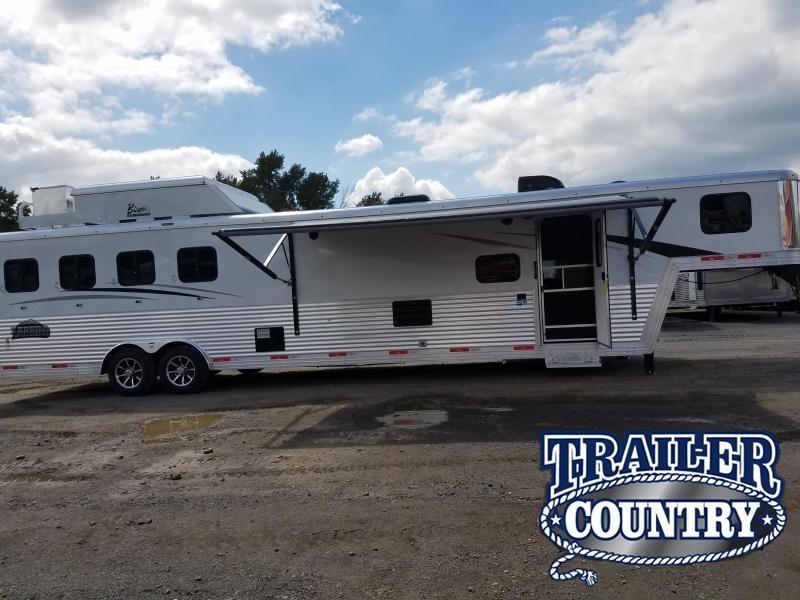 2019 Bison Trailers 8414 LAREDO Horse Trailer in Ashburn, VA