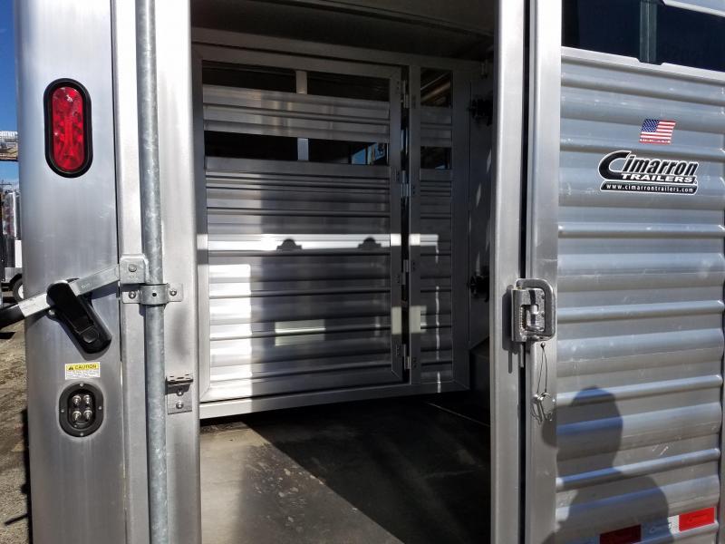 2018 Cimarron Trailers Cimarron Lonestar GN Living Quarters Livestock Trailer