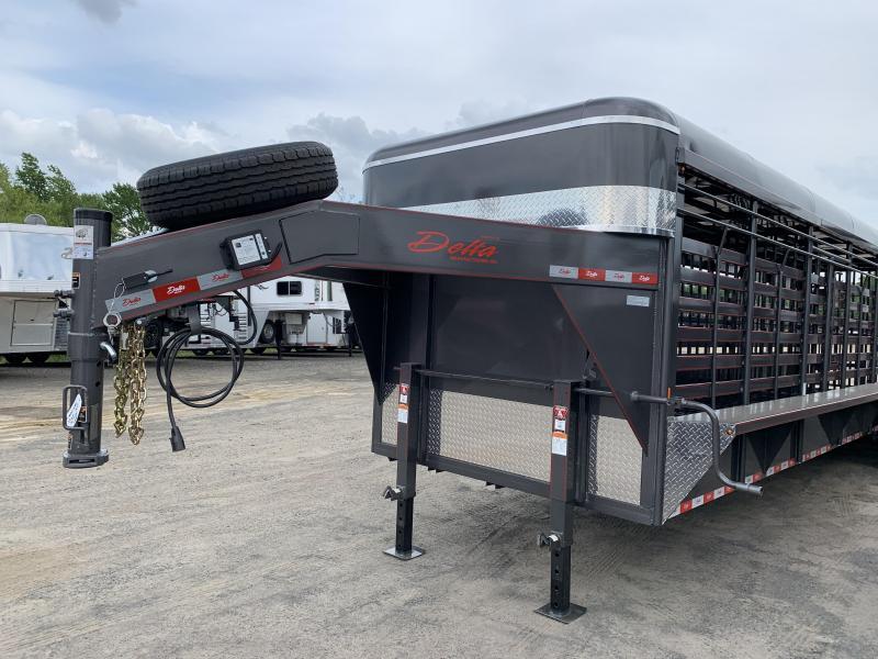 2019 Delta Manufacturing 600 CATTLEMAN Livestock Trailer