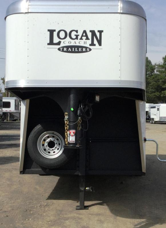 ****HUGE BLOWOUT!!!       2017 LOGAN COACH CROSS FIRE 4 HORSE GN