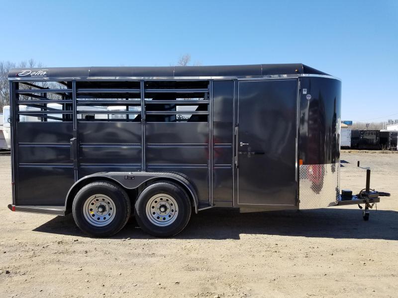 2019 Delta Manufacturing 16FT 500ES Horse Trailer