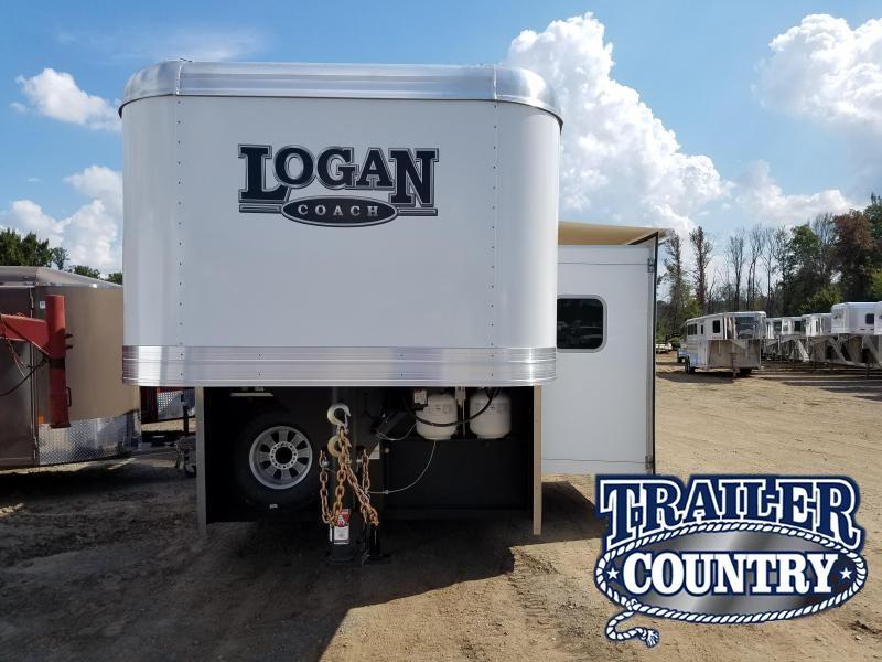 2019 Logan Coach LIMITED 810 Horse Trailer