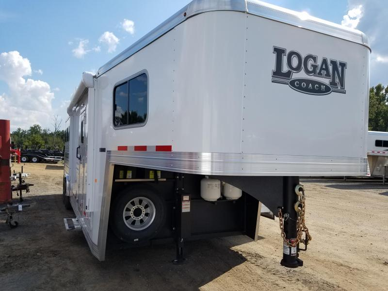 2019 Logan Coach LIMITED 810 Horse Trailer